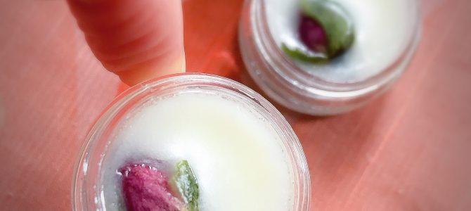 Natural lip balm with English tea flavour!